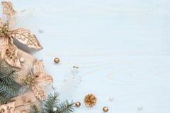 Cartolina di Natale con le decorazioni del nuovo anno Immagine Stock