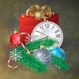 Cartolina di Natale con le palle di Natale, il regalo e l'albero di Natale Immagini Stock Libere da Diritti