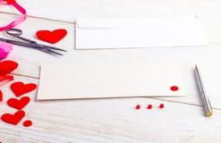 Cartoline d'auguri in bianco il giorno del ` s del biglietto di S. Valentino Immagini Stock