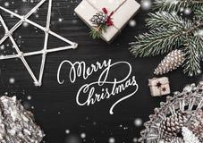 Cartoline d'auguri della cartolina di Natale, articoli da arredamento Regali e spazio di Natale per una cartolina d'auguri con le Fotografia Stock Libera da Diritti
