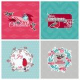 Cartoline di Natale con gli uccelli e la corona Immagine Stock Libera da Diritti