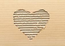Carton en forme de coeur déchiré Images libres de droits