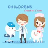 Cartoon dentist with tooth Royalty Free Stock Image