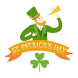 Cartoon leprechaun with beer Royalty Free Stock Images