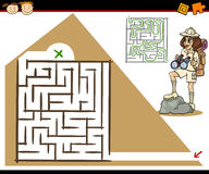 Cartoon maze or labyrinth game Royalty Free Stock Photography