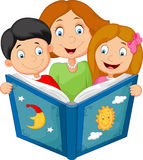 Cartoon mother reading with his children Royalty Free Stock Photo