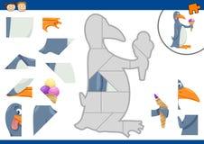 Cartoon penguin jigsaw puzzle task Royalty Free Stock Photos