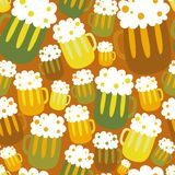 Cartoon seamless pattern with beer Royalty Free Stock Photography