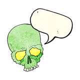 Cartoon spooky old skull with speech bubble Royalty Free Stock Image