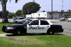 cartoonish samochodowy wizerunek odizolowywał stylowego policja biel Zdjęcia Stock