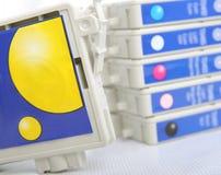 Cartouche d'imprimante à jet d'encre de six couleurs images stock