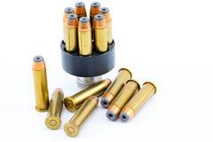 357 cartuchos de la bala con el cargador de la velocidad Imagen de archivo