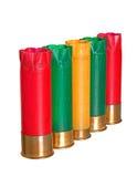 Cartuchos de la escopeta aislados sobre blanco Fotografía de archivo