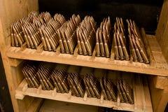 Cartuchos do rifle do armazenamento Fotos de Stock Royalty Free
