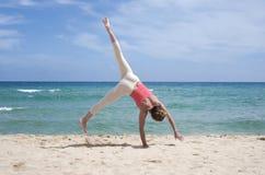 Cartwheel na plaży obraz royalty free