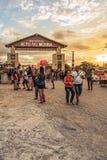 Caruaru, Pernambuco, Βραζιλία - τον Ιούνιο του 2019: Ηλιοβασίλεμα σε São João Party Festivity Alto do Moura στοκ φωτογραφίες