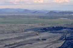 Carvão de Brown aberto - mineração do molde fotografia de stock