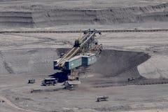 Carvão de Brown aberto - mineração do molde imagens de stock