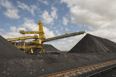 Carvão que classifica o equipamento Imagens de Stock