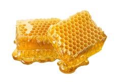 Carvões amassados do favo de mel isolados no fundo branco fotografia de stock royalty free