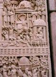 Carved a décoré des piliers de monument bouddhiste de sanchi dans l'Inde Photographie stock