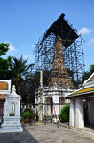 Carver restore chedi at Wat Thepthidaramvaraviharn Bangkok Thailand Royalty Free Stock Photos