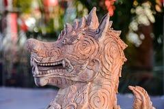 Carvings budistas orientais velhos da estátua Foto de Stock Royalty Free