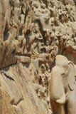 Carvings de pedra no templo hindu Fotos de Stock Royalty Free