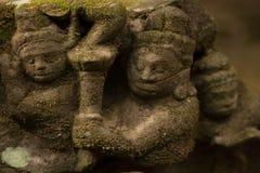 Carvings i Angkor Arkivbilder