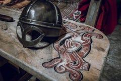 Carvings temáticos de madeira de viquingue foto de stock royalty free