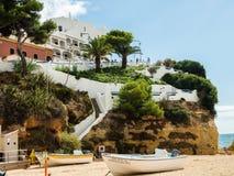 Carvoeiro,葡萄牙- 2017年10月20日:Carvoeiro海滩在Octo 免版税库存照片