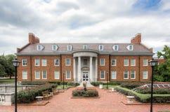 Cary M Edificio de MacGuire en el campus de la O.N.U meridional del methodist foto de archivo libre de regalías