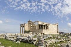 Caryatides古老门廊在上城,雅典,希腊 免版税库存照片