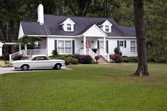 casa 1950 della bandierina dell'automobile s Immagini Stock
