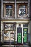 Casa abandonada del canal Imagen de archivo libre de regalías