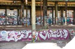 Casa abandonada do poder: Vista dentro Imagem de Stock