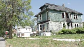 Casa abandonada em Detroit vídeos de arquivo
