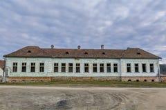 Casa abandonada en pueblos sajones de Transilvania Imagenes de archivo