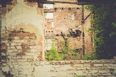 Casa abandonada retra imágenes de archivo libres de regalías