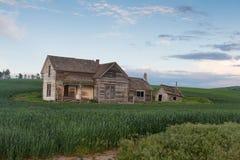 Casa abbandonata al crepuscolo Fotografia Stock