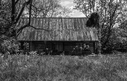 Casa abbandonata del ceppo Fotografie Stock Libere da Diritti