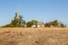 Casa abbandonata nel deserto Immagine Stock Libera da Diritti