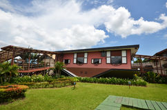 Casa al revés en Tamparuli, Sabah Foto de archivo