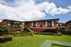 Casa al revés en Tamparuli, Sabah Fotos de archivo