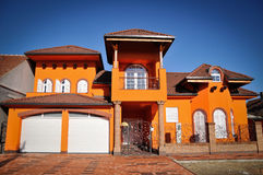 Casa alaranjada Imagens de Stock Royalty Free