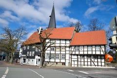 Casa alemana histórica en tiempo de primavera Fotos de archivo libres de regalías