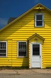 Casa amarela Fotografia de Stock Royalty Free