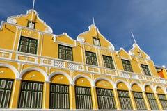 Casa amarela em Curaçau fotos de stock royalty free