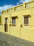 Casa amarela no Boa Vista fotos de stock