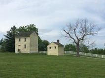 Casa amarela velha Fotografia de Stock